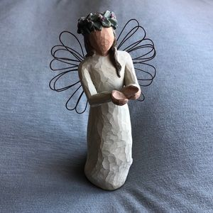 Willow Tree Angel of Christmas Spirit